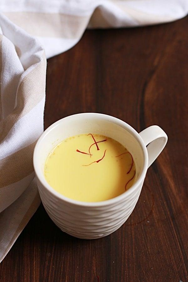 saffron milk recipe for pregnancy