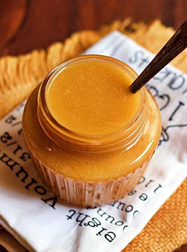easy salted caramel sauce closeup shot
