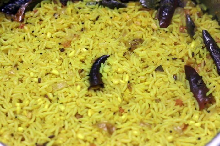 making arisi paruppu sadhan recipe