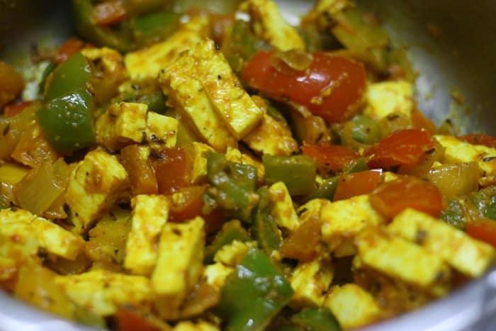 making pepper paneer recipe-step 7