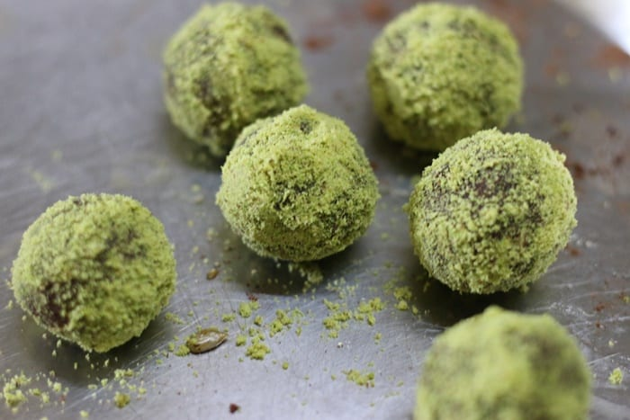 How to make energy balls recipe step 7