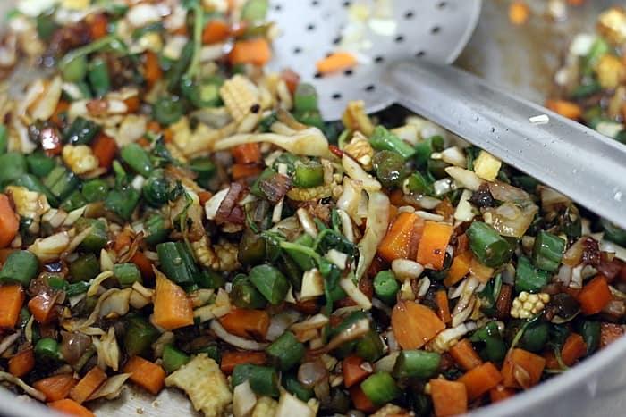 vegetables sautéed with sauces