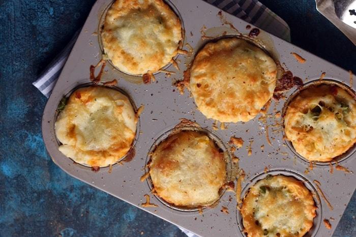 Making pizza muffins recipe