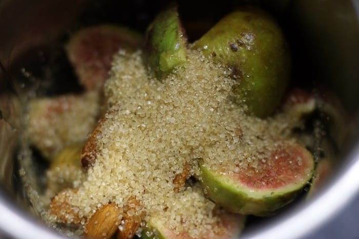 Chopped figs, almonds, and sugar for making figs smoothie