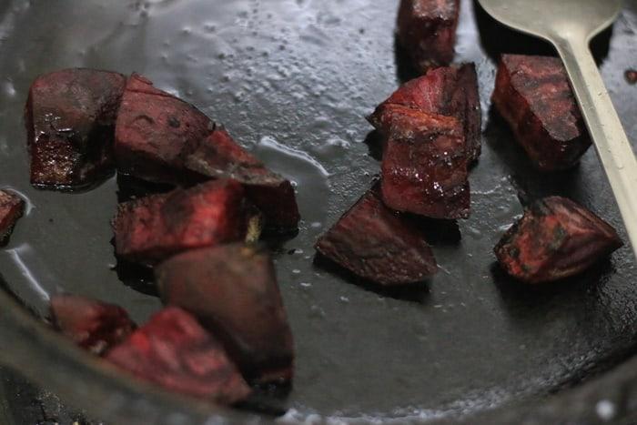 roasting beets in pan