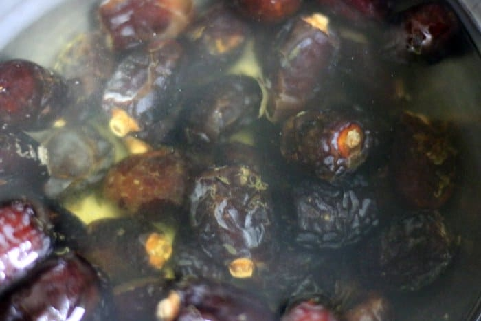 dried dates soaked in water for date syrup making