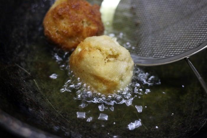 frying bread balls