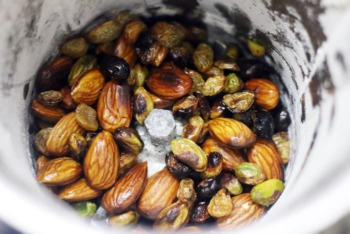powdering nuts for wheat laddu