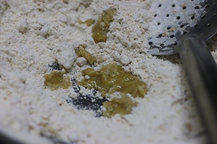 roasting wheat flour in ghee