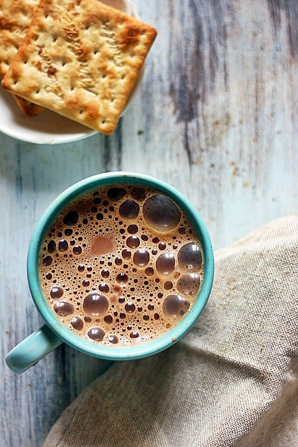 chocolate tea served with crackers