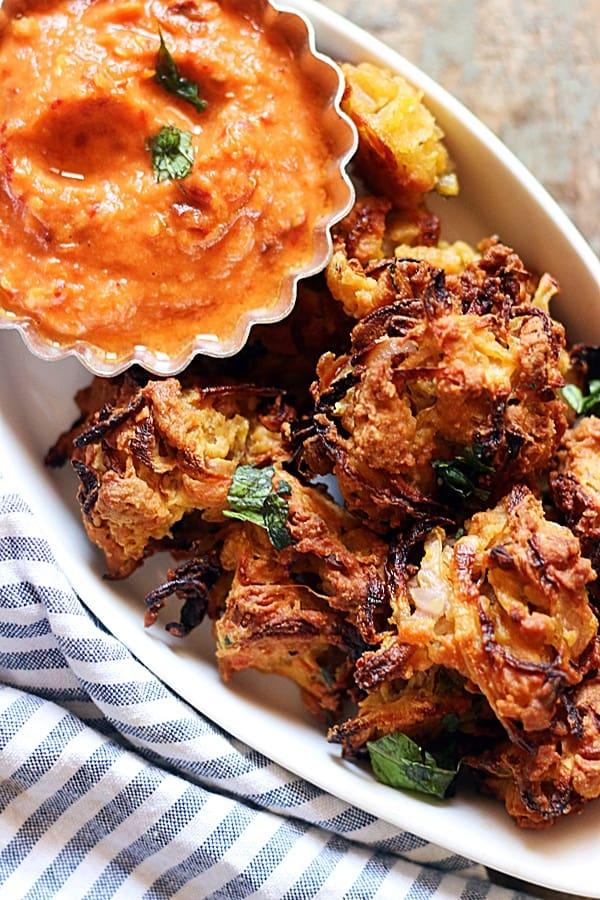 baked onion pakodas