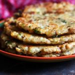 stack of crispy sabudana thalipeeth
