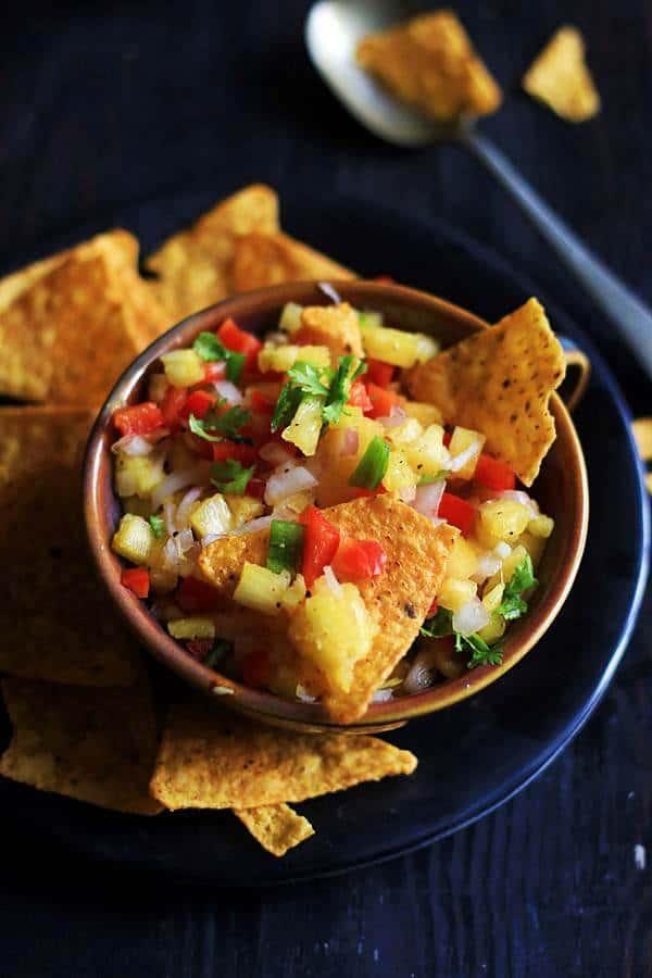 how to make pineapple salsa