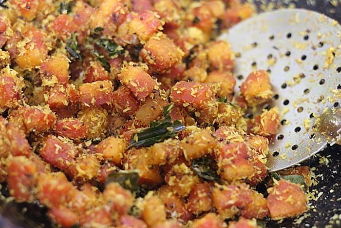 carrot poriyal ready to serve