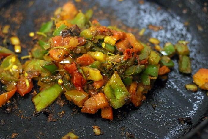 onion tomato base for paneer khurchan