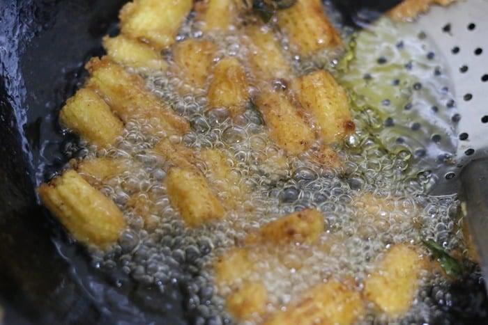 deep frying baby corn