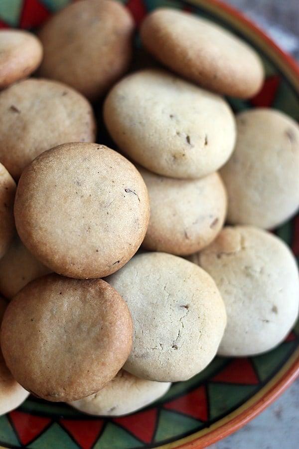 closeup shot of jeera biscuits