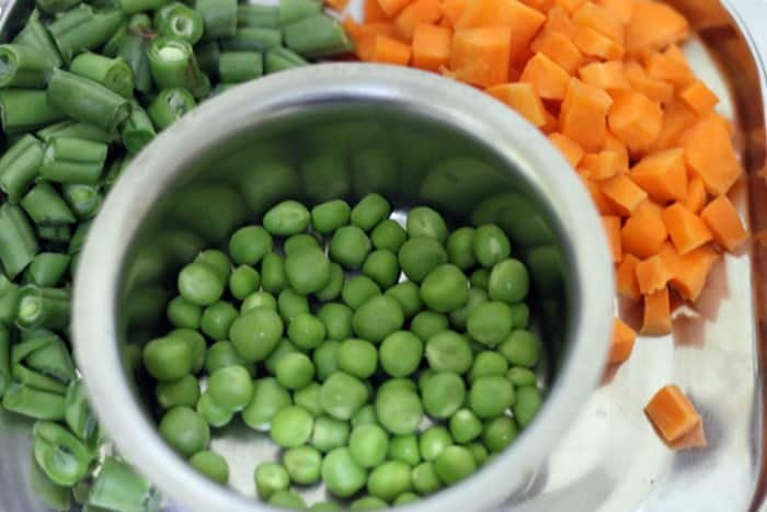 vegetables for semiya upma recipe