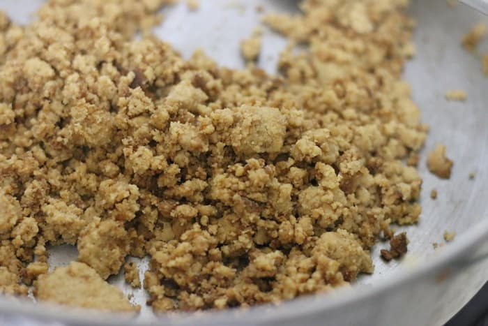 golden brown nutty roasted wheat flour for making halwa